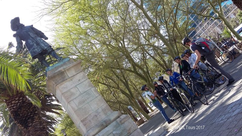 AWOL Cape Town city cycle tour Jan van Riebeeck statue
