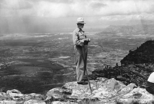 jan smuts hiking on table mountain